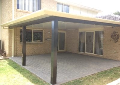 Insulated roof panel pergola